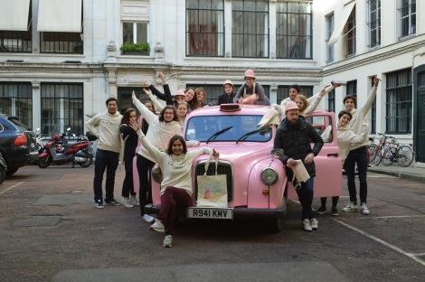 street-marketing, Gemmyo, joaillier, Paris, Team car, taxi anglais rose, unique en France